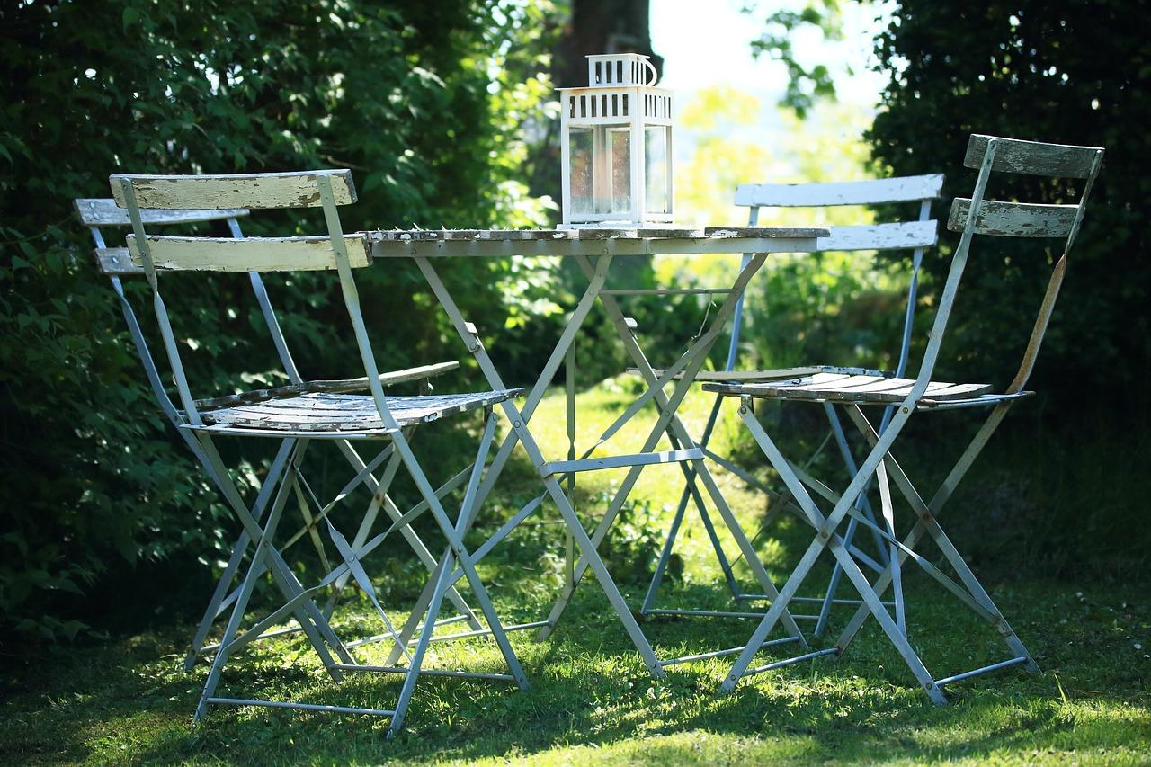 Stół w naszym ogrodzie